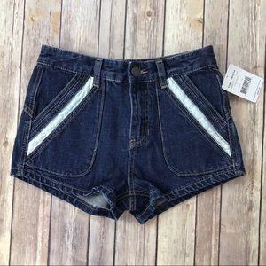Free People 24 Sweet Surrender Lace strum Shorts